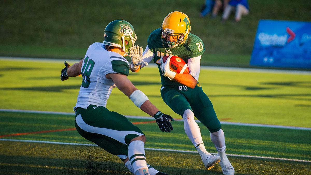 Photo of Photos: Golden Bears Football defeats Saskatchewan Huskies
