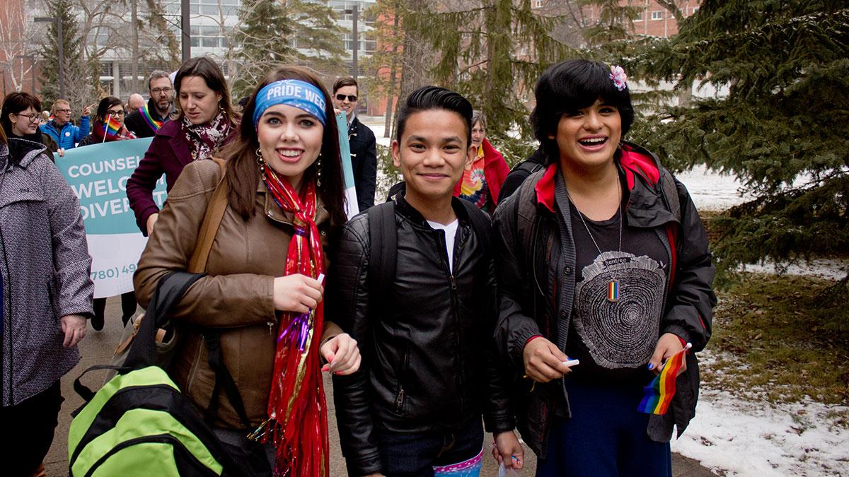 News-Jonah-Angeles-Pride-Parade-1