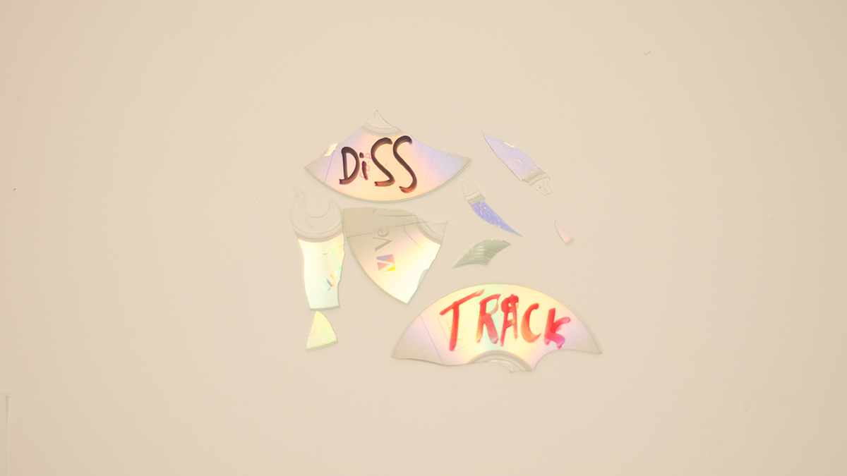 Diss Track: Scott Helmann, twenty one pilots, Willow Smith