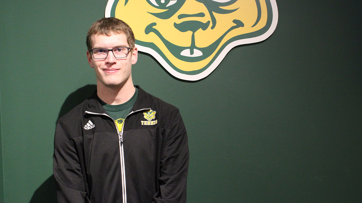 Q&A: Golden Bears tennis player Ryan Townsend gets set for Western Canadian Finals