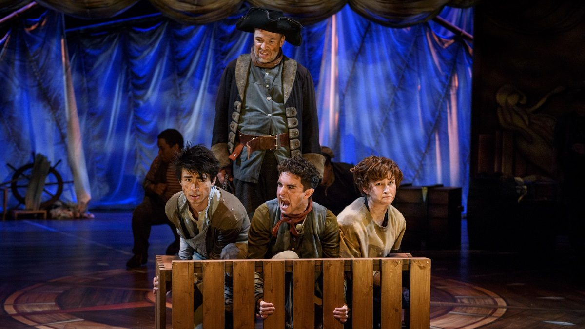 Theatre Review: Peter and the Starcatcher