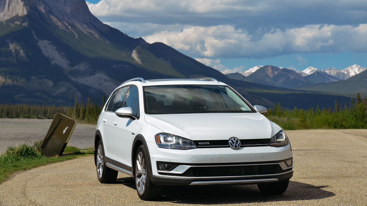 Photo of The Student Driver: 2018 VW Golf Alltrack