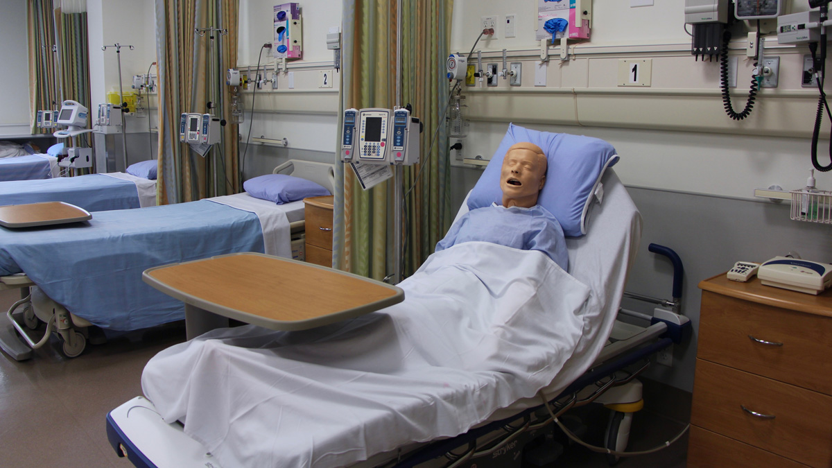Photo of Incoming nursing students to follow new curriculum next year