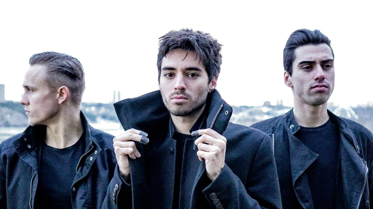 Photo of Edmonton-based band Retrofile is challenging modern pop
