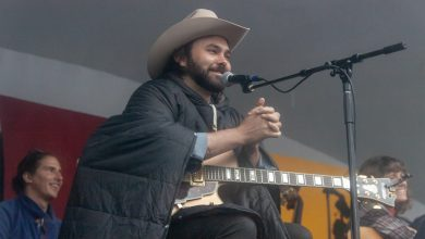 Photo of The Edmonton Folk Music Festival: Day 4 in Photos