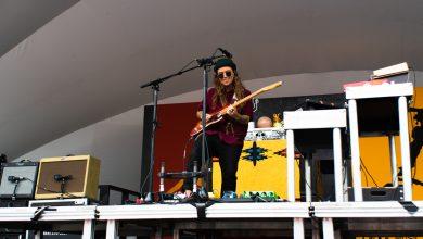 Photo of Tash Sultana rocks the stage at the 2018 Edmonton Folk Music Festival