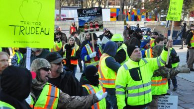 Photo of Canadian yellow vests fuel hate with incoherent politics