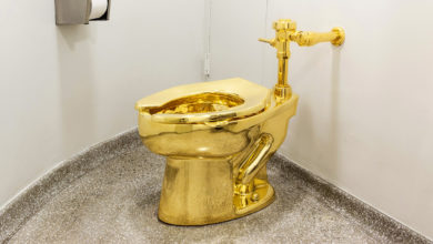 Photo of Please return the golden toilet, for the good of society