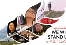 "Photo of ""nîpawistamâsowin: We Will Stand Up"" highlights racism in Canada's judicial system"